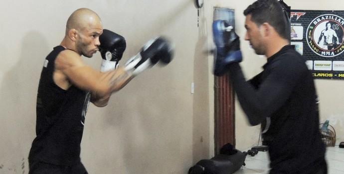 Ozeas Vianna faz dieta e treino par chegar ao peso ideal (Foto: Divulgação)