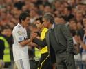 Jornal: com renovação emperrada no Arsenal, Özil vira alvo de Mourinho