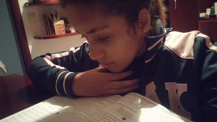 Raiza estuda para o Enem porque quer cursar relações internacionais (Foto: Arquivo pessoal )