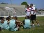 Com Walter e Dentinho no time titular, Serra encara clássico contra o Vitória
