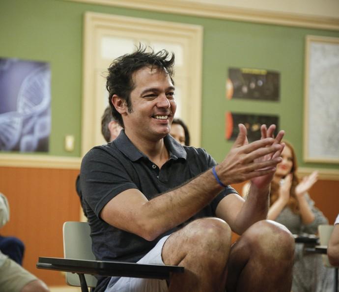 Bruno Mazzeo volta a viver Professor Raimundo na segunda temporada da 'Escolinha'  (Foto: Raphael Dias/Gshow)