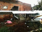 Avião cai, atinge casa e provoca morte de criança no Tocantins