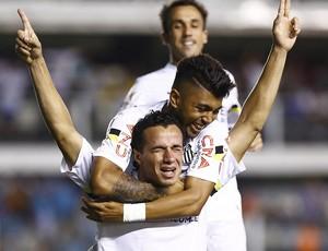 Leandro Damião e Gabriel, atacantes do Santos (Foto: Ricardo Saibun / Divulgação Santos FC)