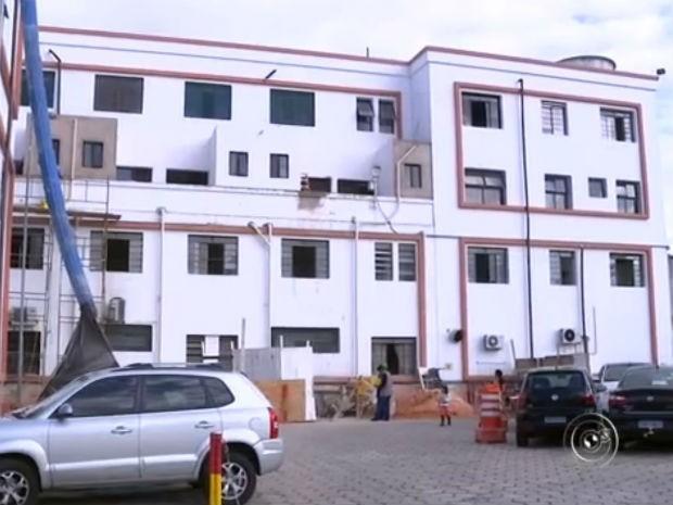 Custo de obras atrasadas do Hospital Regional de Sorocaba sobe R$ 25 mi (Foto: Reprodução/ TV TEM)