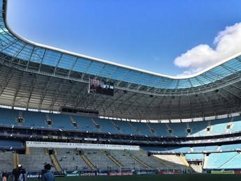 Vereadores de Porto Alegre aprovam bebidas  alcoólicas dentro de estádios