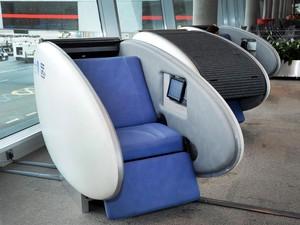 GoSleep, cápsula para passageiros dormirem enquanto esperam o voo no Aeroporto Internacional de Abu Dhabi (Foto: Abu Dhabi International Airport/Divulgação)