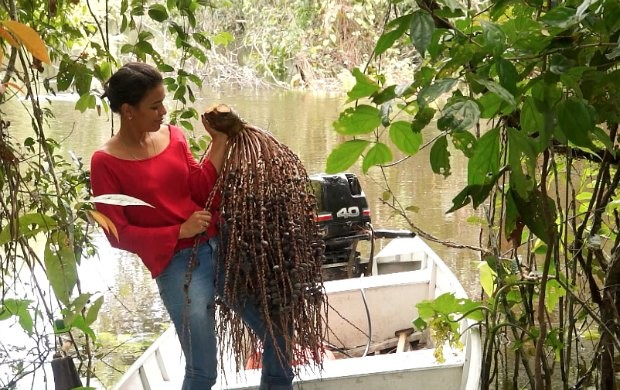 Apresentadora se diverte nos bastidores do Amazônia Rural (Foto: Rede Amazônica)