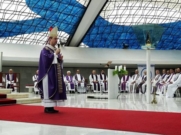 Arcebispo de Brasília, Dom Sérgio da Rocha, celebra primeira missa na Catedral Metropolitana após ser nomeado cardeal (Foto: Anderson Mendanha/Arquidiocese de Brasília/Divulgação)
