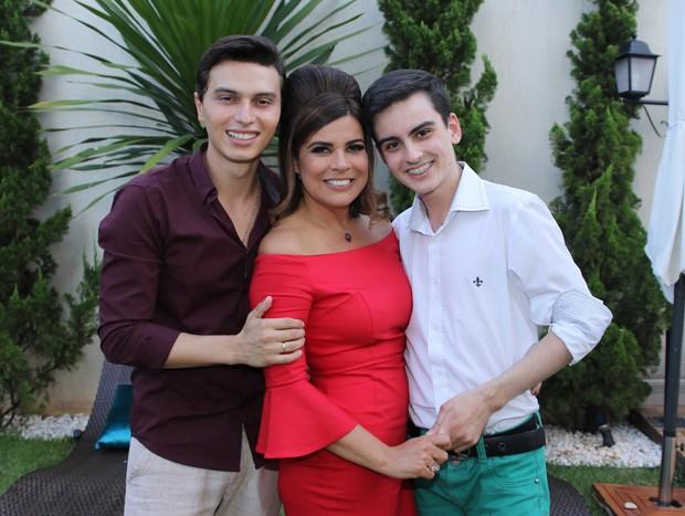 Gabriel Torres, Mara Maravilha e Dudu Camargo (Foto: Thiago Duran/AgNews)
