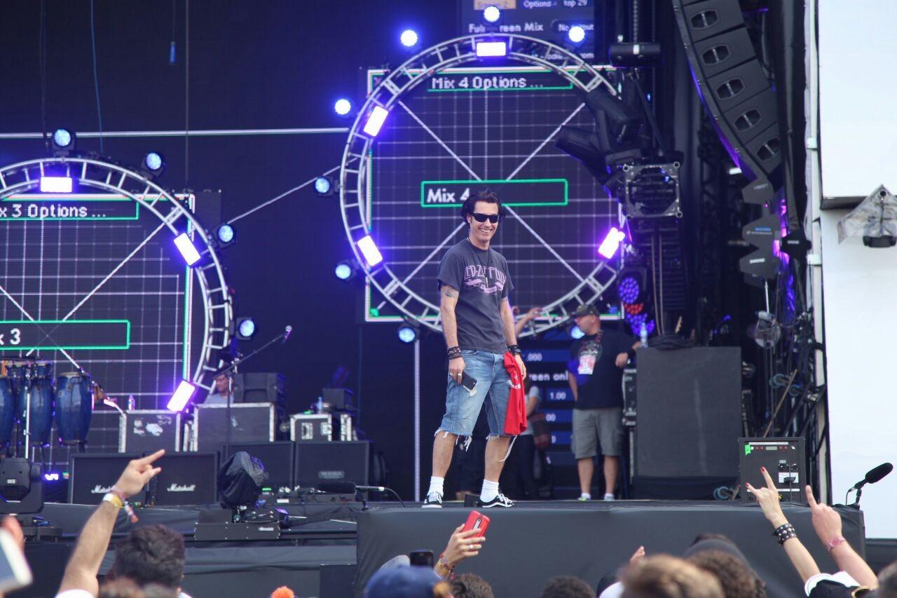 Capital Inicial  a banda que abre o Palco Mundo no ltimo dia de festival (Foto: Fabiano Leone / Multishow)