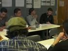 Curso polêmico na Noruega ensina refugiados a tratar bem as mulheres