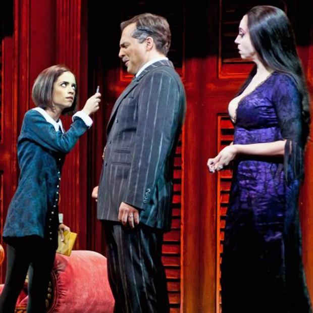Na pele de Wandinha Addams, atriz contracenou com Daniel Boaventura e Marisa Orth no musical 'Família Addams' (Foto: Arquivo pessoal)