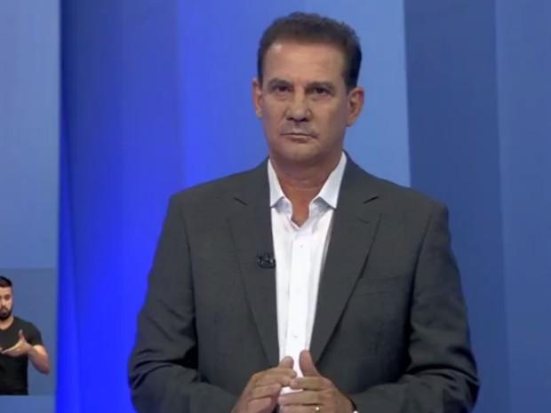 Vanderlan (PSB) participa de debate na TV Anhaguera, em Goiânia Goiás (Foto: Reprodução/TV Anhanguera)