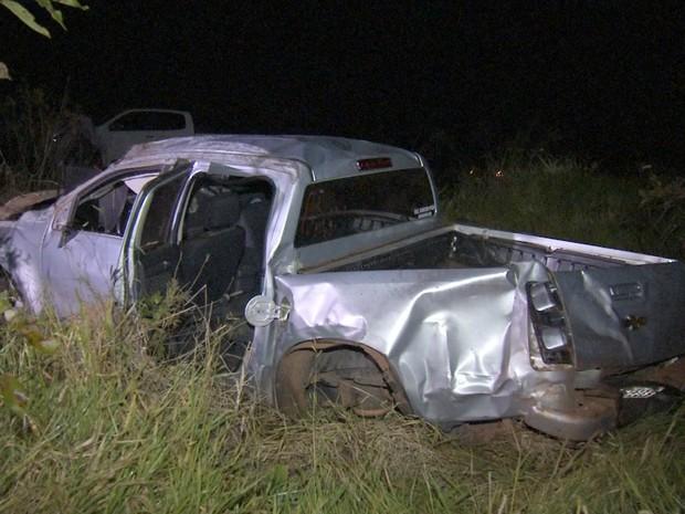 Acidente na BR-262 deixa um morto e um gravemente ferido (Foto: Reprodução/ TV Morena)