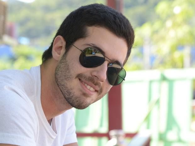 Bruno Fraga também e ccantor e mostrou voz em cena (Foto: Raphael Dias / Gshow)