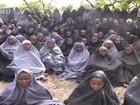 Nigéria se diz pronta para negociar soltura de meninas com Boko Haram