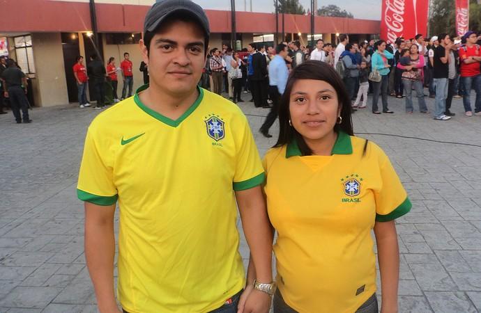 Tour da taça Guatemala - Casal guatemalteco garante torcida pelo Brasil (Foto: Cassius Leitão)