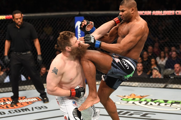 Alistair Overeem vence Roy Nelson UFC 185 (Foto: Getty Images)
