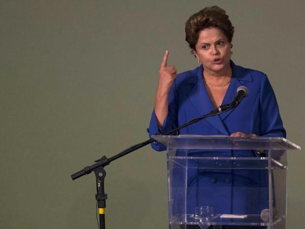 A presidente Dilma Rousseff em discurso nesta quarta-feira (26) (Foto: Ueslei Marcelino/Reuters)