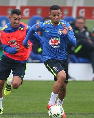 Preferido por Jesus, Manchester City caminha para acerto com Palmeiras