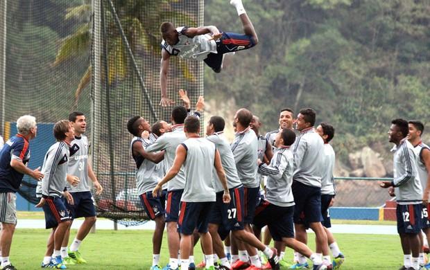 Léo, lateral-esquerdo do Fluminense (Foto: Fernando Cazaes / Photocamera)