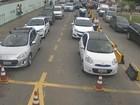 Motoristas enfrentam filas na travessia da balsa em São Sebastião