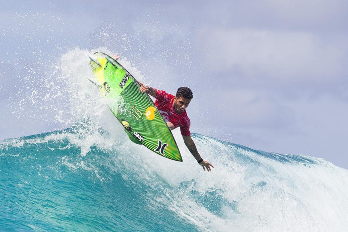 Filipe Toledo abusou dos aéreos para vencer na estreia em Gold Coast (Foto: Kirstin Scholtz / WSL)