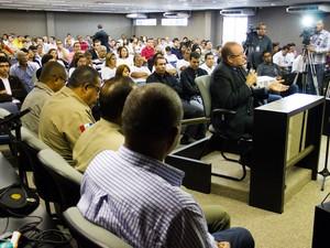 Nivaldo Gomes Cantuária foi o segundo perito a depor no caso da morte de PC Farias (Foto: Jonathan Lins/G1)