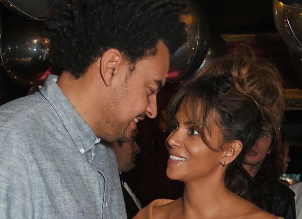 Halle Berry assume namoro com produtor musical