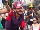 Blocos desfilam na sexta, véspera de carnaval, e dão início à folia em BH