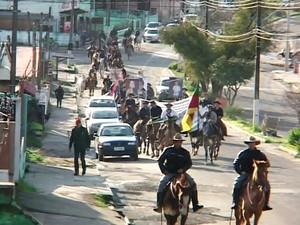 Grupo percorrerá 140km até Santa Maria, RS (Foto: Reprodução/ RBS TV)