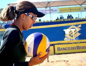 Raquel Peluci vôlei de praia  (Foto: Divulgação / CBV)