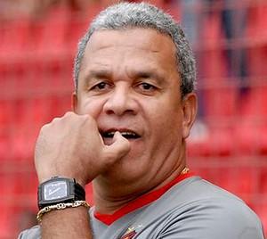 helio dos anjos treinador sport (Foto: Divulgação / Site oficial do Sport)