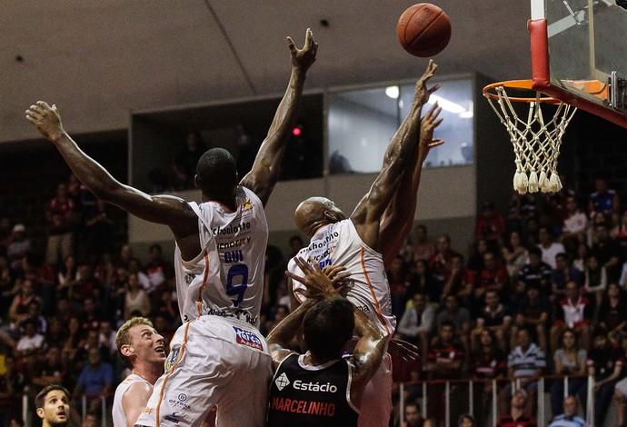 Basquete NBB - Flamengo x Bauru (Foto: Ruano Carneiro/Agência Estado)