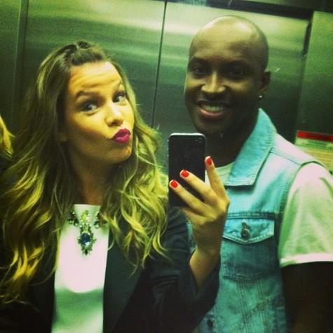 Fernanda e Thiaguinho: juntos há dois anos (Foto: Reprodução)