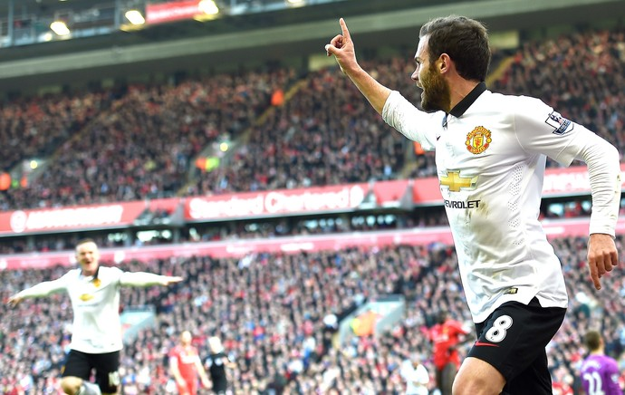 Juan Mata, Liverpool X Manchester United (Foto: Agência AFP)