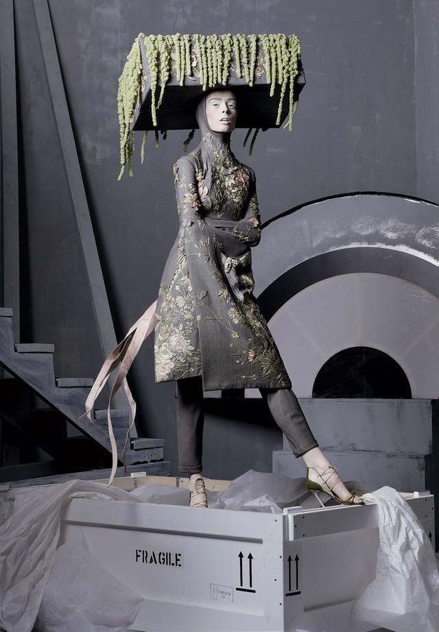 Coco Rocha    (Foto: Steven Meisel, Vogue US, maio de 2011 )