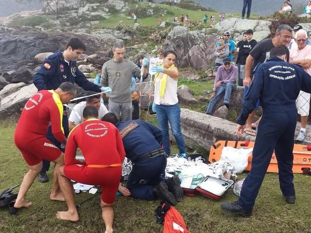 Uma das vítimas foi reanimada pelos bombeiros na tarde deste domingo (27) (Foto: BOA/Divulgação)