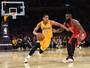 Na raça e na juventude, Lakers batem Rockets e estreiam com o pé direito