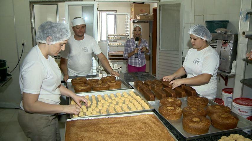 Família de Cariacica se destaca na produção de bolos e biscoitos (Foto: Divulgação/ TV Gazeta)
