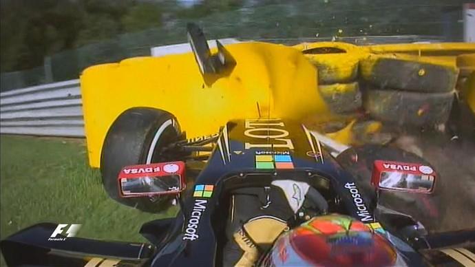 Pastor Maldonado bate com Lotus no 1º treino livre para o GP da Bélgica (Foto: Reprodução)