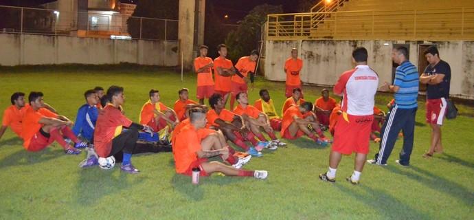 Náutico-RR, treino no Ribeirão (Foto: Nailson Wapichana)