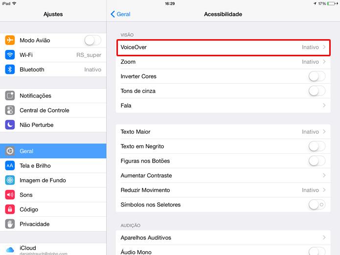 """Clique em """"VoiceOver"""" para configurar e ativar o recurso (Foto: Daniel Ribeiro / TechTudo)"""