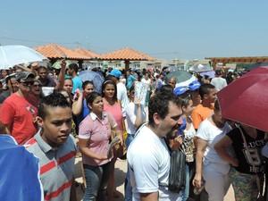 População reclamou da falta de organização no evento (Foto: Heloise Hamada/G1)