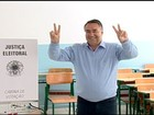 Três principais candidatos ao governo votam em Santa Catarina