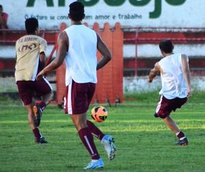 Sergipe treino segunda (Foto: Felipe Martins/GLOBOESPORTE.COM)