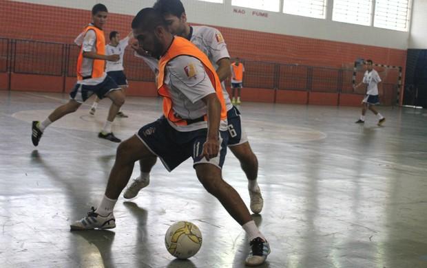 Treino do São José Futsal no ginásio do Vale do Sol (Foto: Quarttus)