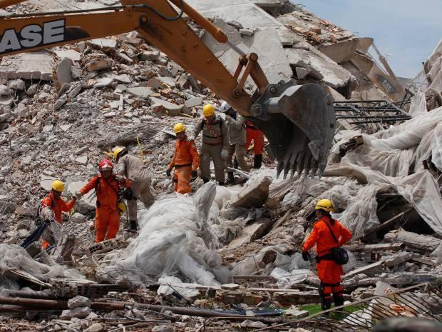 Edifício Reall Class desabou em janeiro de 2011. Três pessoas morreram. (Foto: Oswaldo Forte/Amazônia Jornal)
