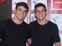 Manoel fala sobre affair com Vivian fora do 'BBB 17': 'Vamos conversar'
