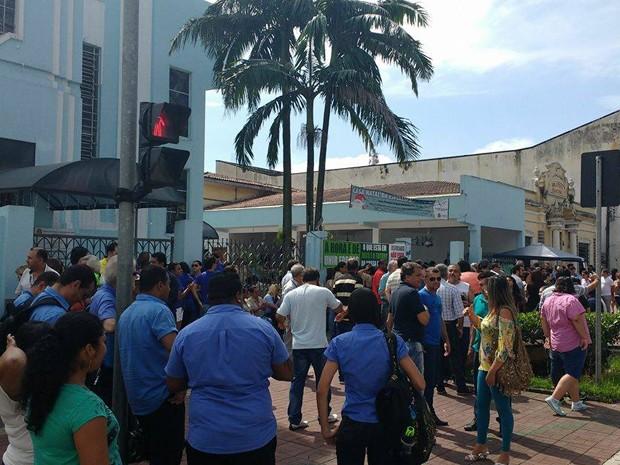 Manifestação reuniu moradores de Cubatão contra a Usiminas (Foto: Roberto Strauss/Arquivo Pessoal)